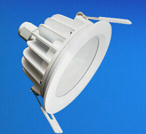 China IP65 waterdichte In een nis gezette LEIDENE Downlight 5W - 18W voor Conferentiezaal verdeler