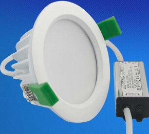 China MAÏSKOLF van Ra >80 12 Watts 15 In een nis gezette Watts leidde Downlight 2800k tot 6500k verdeler